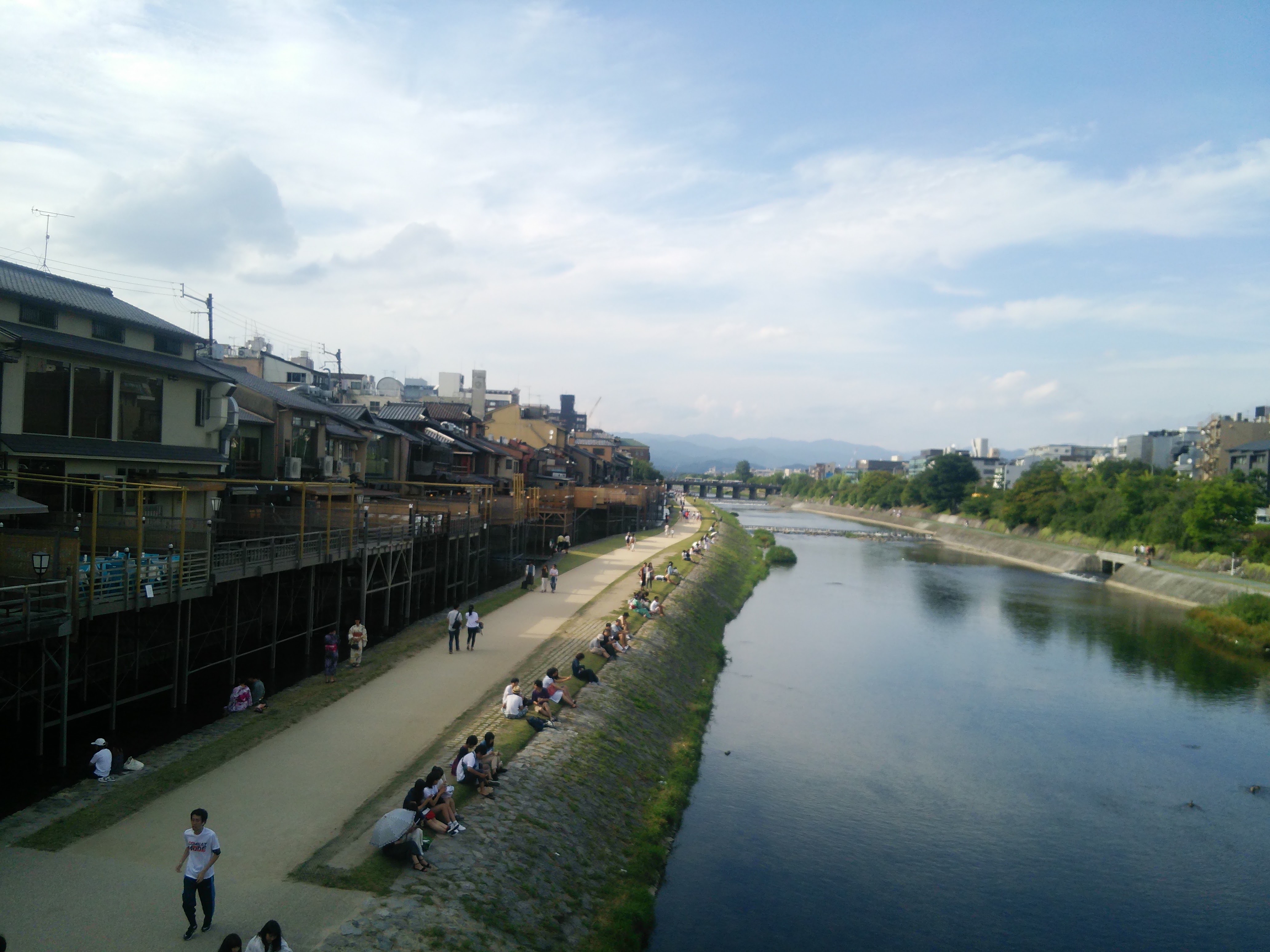 六日の菖蒲、十日の菊 - 故事ことわざ辞典